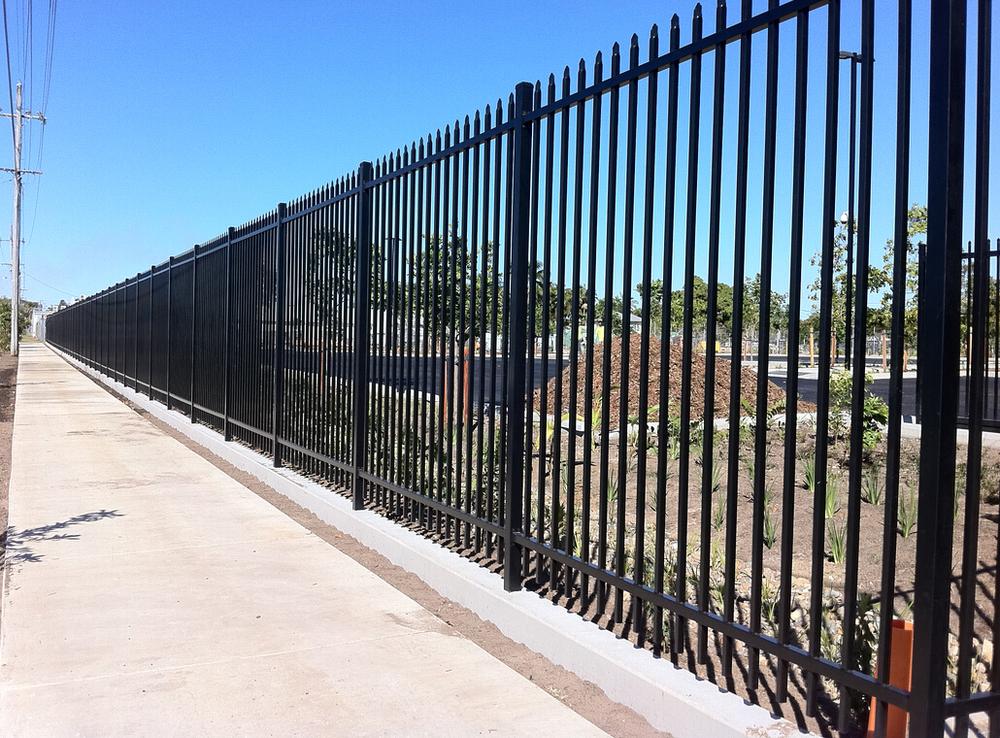 Galvanized steel deer fence prefabricated