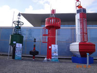 UHMW Polymer LightHouse