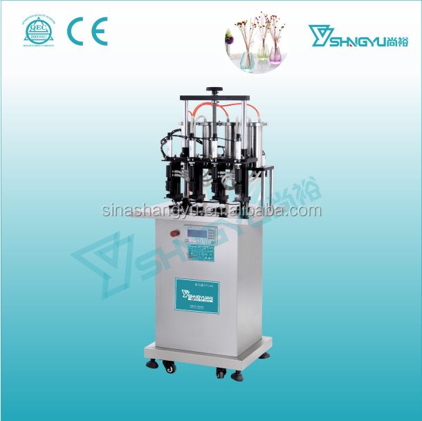 Factory supply semi-automatic 4 nozzles vacuum perfume filling machine for glass bottels