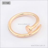 fashion Simple tat ring in gold color