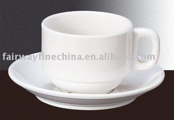 Wholesale Fashionable Porcelain coffee tea cup and saucer for restaurant