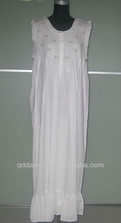 New Design White Nightgown Nightwear
