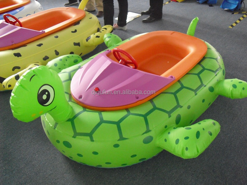 PVC bumper colorful cartoon animal inflatable swimming pool toys adult electric bumper boat for kids amusement in water parks