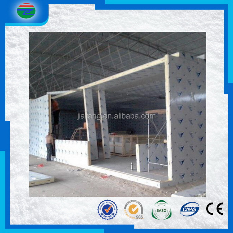 Low price promotional polyurethane foam panels for building