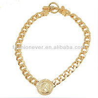 2014 New Chunky Unique Gold Link Beauty Head Avatar Portrait Queen Round Necklace