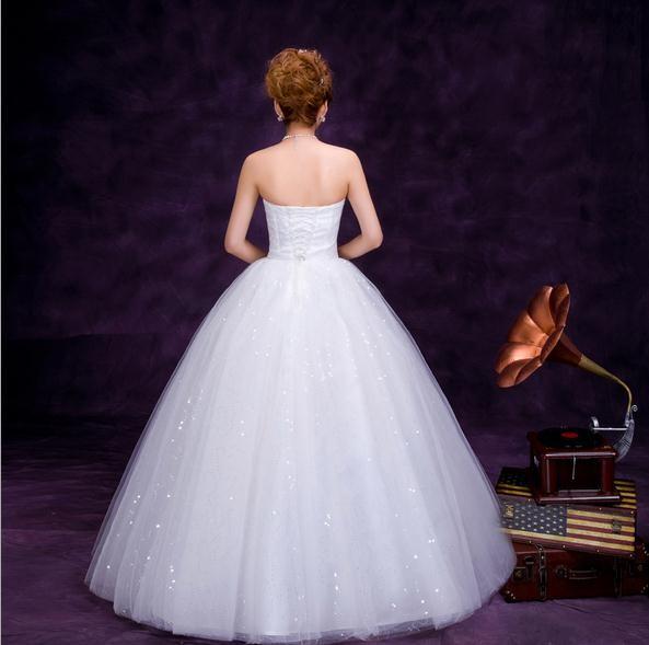 Wedding Dresses For Thin Brides : New style lace bosom show thin waist the bride wedding