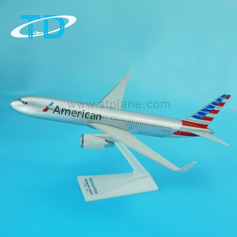 American Airlines B767-300 abs plastic passenger plane model