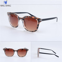 High Quality Low Price Women Fashion Sexy Leopard Sunglasses China Eyewear Factory Wholesale Custom Logo