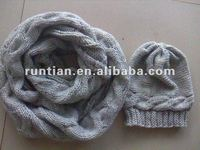 Popular cable knitting Winter wool hat round scarf set