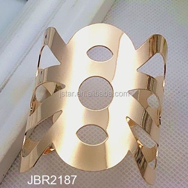 Hollowed cuff bangle bracelet exaggerate gold cuff bangel