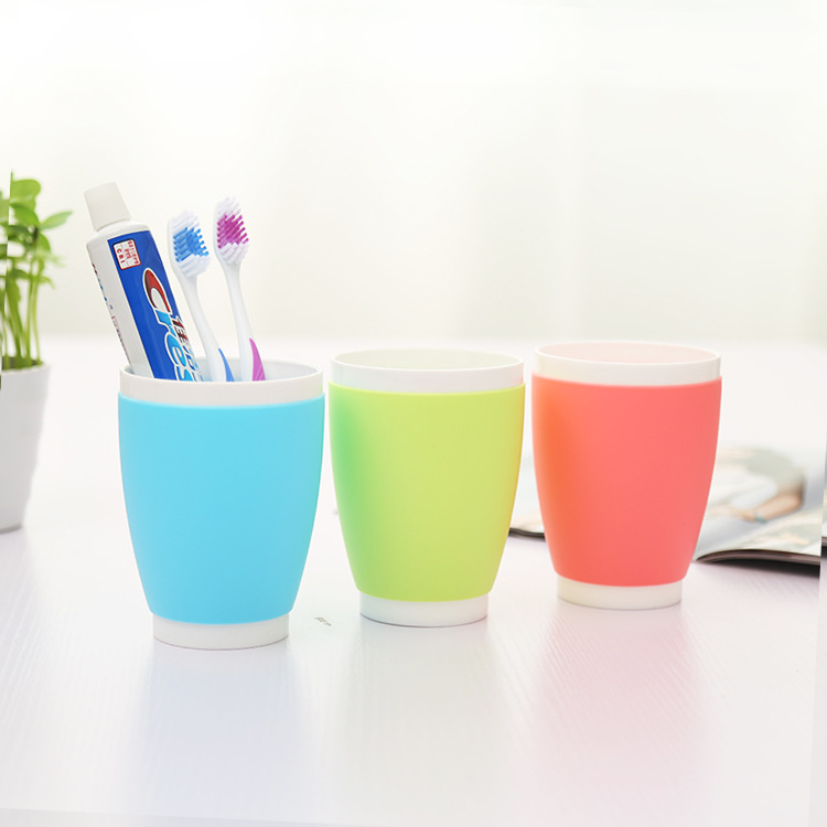 J351 Couples Plastic Bathroom Toothbrush Cup
