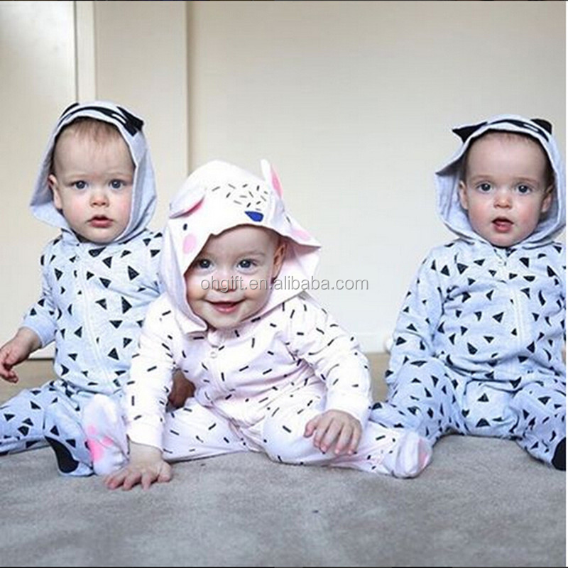 wholesale quality baby romper triangle pattern baby kids rompers with socks