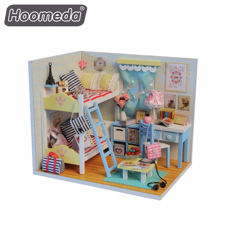 Popular wooden child toy supplies colorful diy miniature girls dollhouse