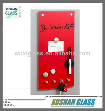 Magnetic key holder memo board with hooks 20x40cm in red