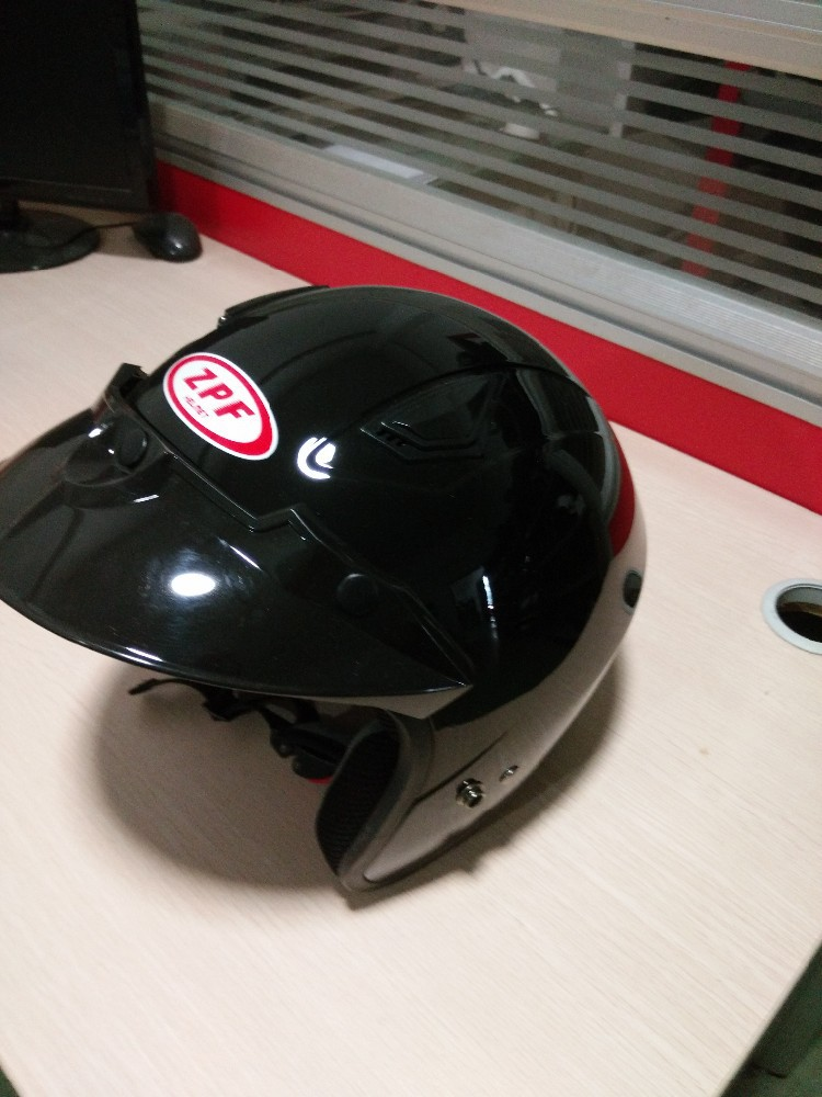 ECE R22.05 HLS Motorcycle half face helmet with bluetooth ,high quality ,ABS Plastic