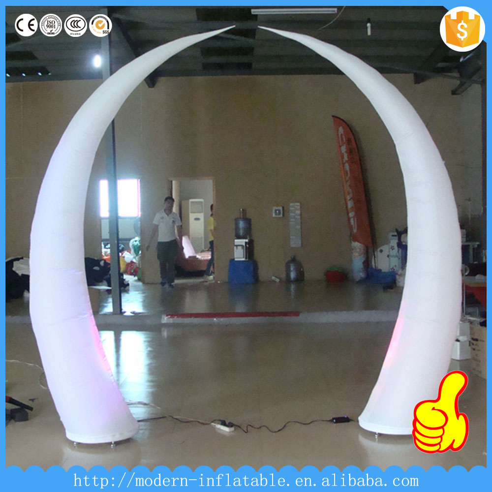 Stage/event/club inflatable LED Tusk