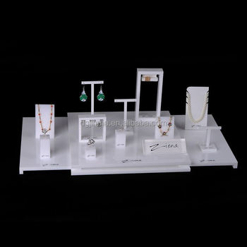 Fashion Customized countertop acrylic jewelry display stand
