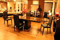 Italian Dining Table with 8 chairs
