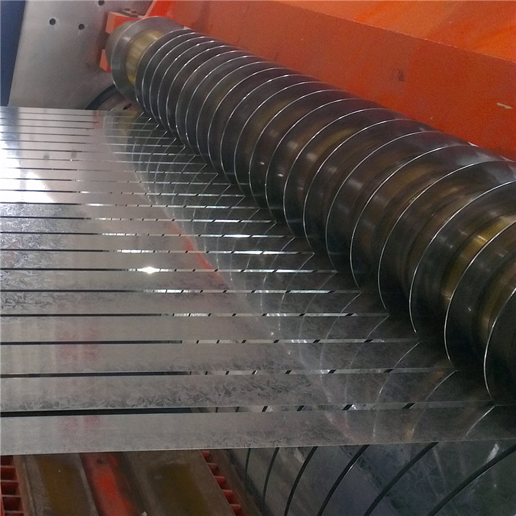 20 <strong>g</strong>-700 <strong>g</strong>/m2 DX51D+Z galvanized steel coil for roofing sheet