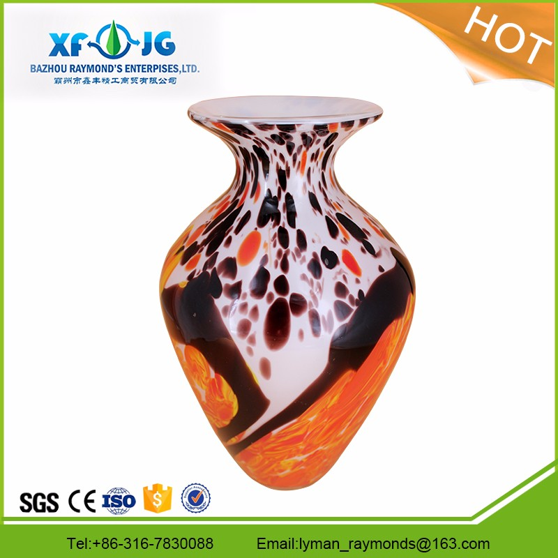 Mouth-blown murano glass vase