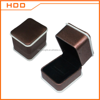 china hot sales leather plastic rings jewellery box jewelry cases