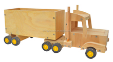 China Factory FSC handmade non-toxic wood toy wooden jeep car