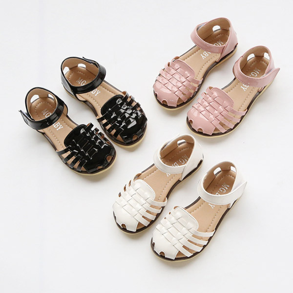 2017 summer wholesale woven closed toe sandals children nude beach shoes for girls