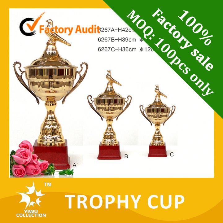 carved technique and antique imitation style star trophy,football figure trophy cups,football tournament trophy
