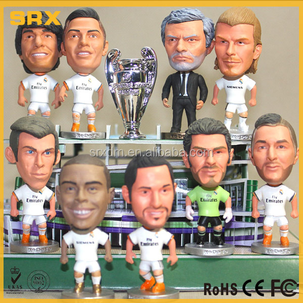 Latest vivid fantastic OEM miniature soccer player figure manufacturer