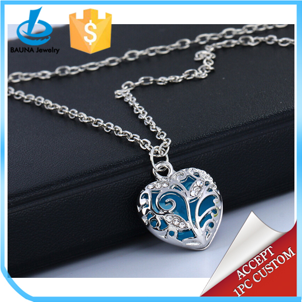 glowing heart necklace blue glowing necklace everlasting love necklace