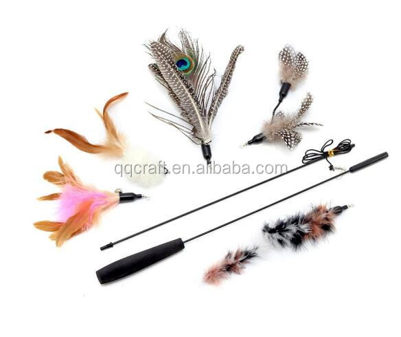 QQPet Telescoping Fishing Rod Spin Feather Wand Cat Toys