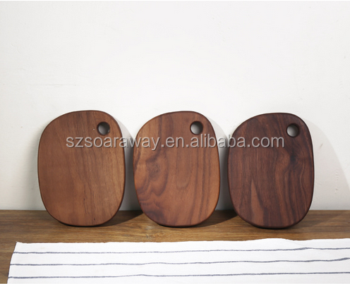 High quality black walnut solid wood pizza bread plate fruit cutting board with hole