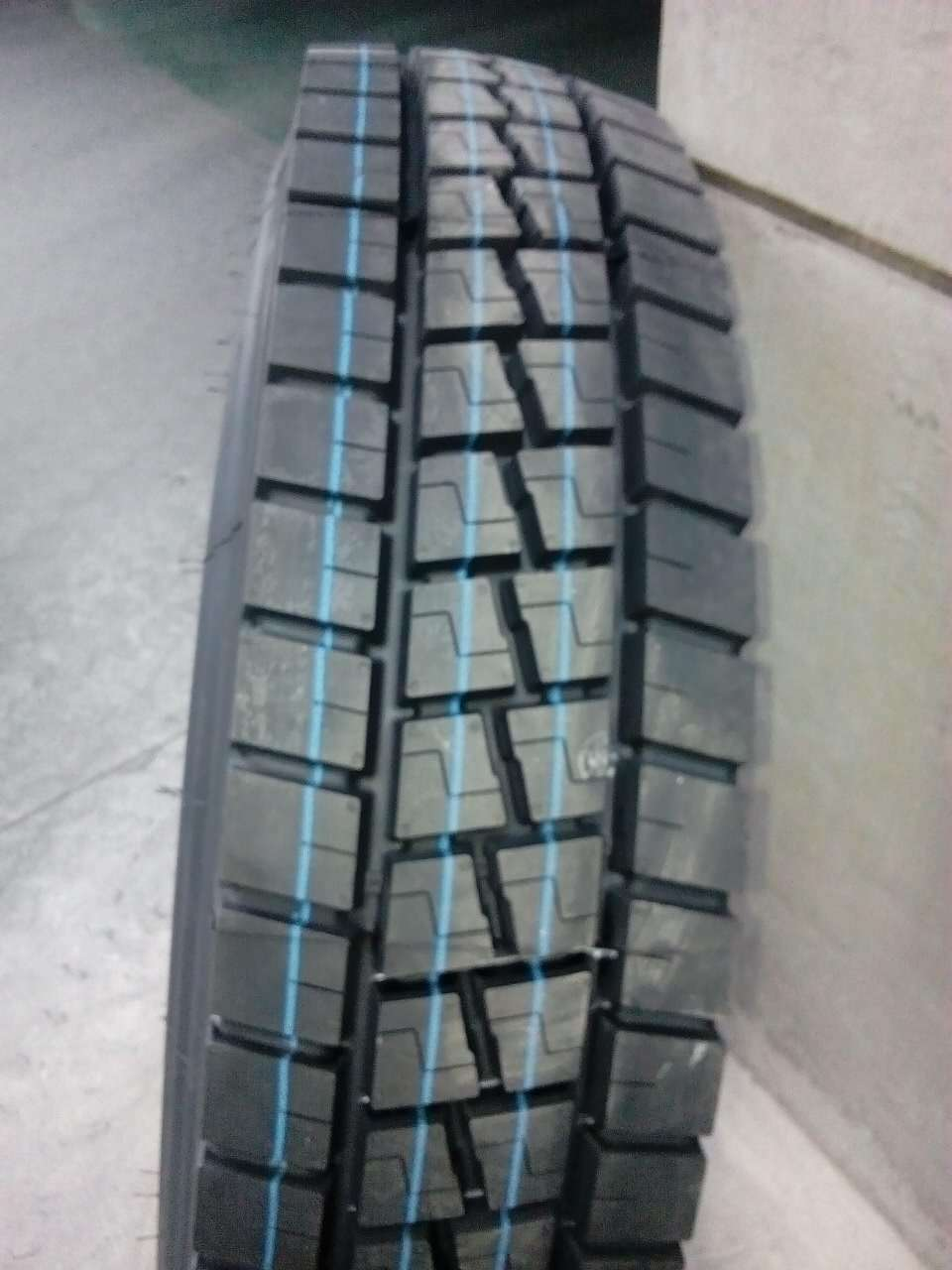 for India market kunyuan china tyre toryo 1000r20