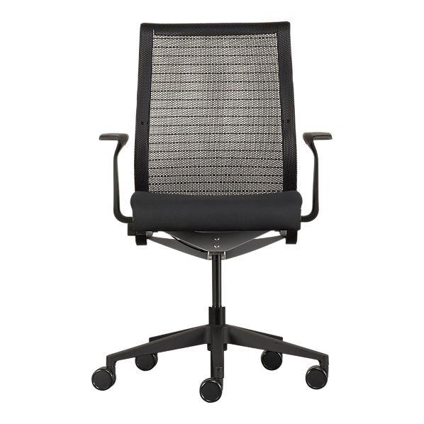 steelcase denken b ro stuhl mit schwarzem kissen b rostuhl produkt id 113136439. Black Bedroom Furniture Sets. Home Design Ideas