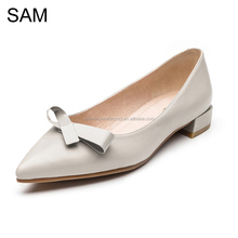 High Quality China Wholesale Summer Low Price Rubber Sole New Design Flat Shoes Ladies with Bowtie