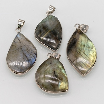 Customized Irregular Labradorite Natural Stone Bezel Gemstone Pendant Necklace Pendants For Jewelry Making Gemstone Pendant