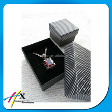 customized design absolute black hard cardboard gift paper box with plaid pattern lid for jewelry