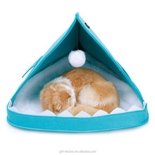 Hot sale shark waterproof cute pet bed for custom Keep warm cat cave cat house portable cat bed comfortable warm bed for pets