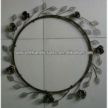 Wall hanging metal wire leaf wreath for home decorative