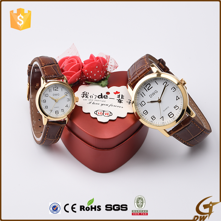 Popular design waterproof lover simple quartz watch
