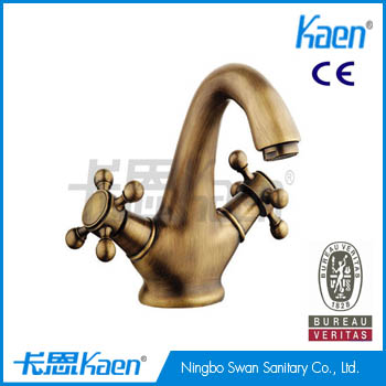 New dual handle antique faucet Kaiping classic brass basin faucet buyer SW-6403