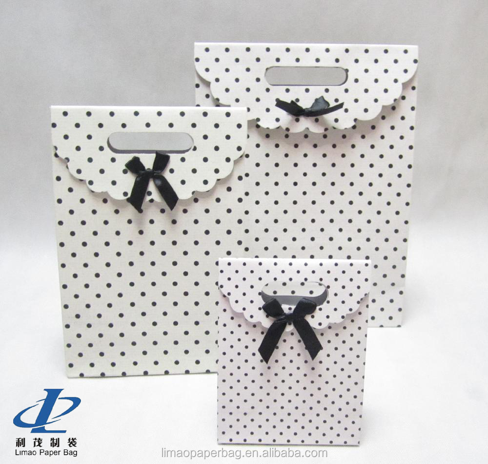 Direct Factory Machine Made Luxury custom christmas gift paper bag