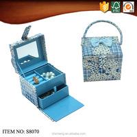 Custom new paper gift artware box to store jewelry