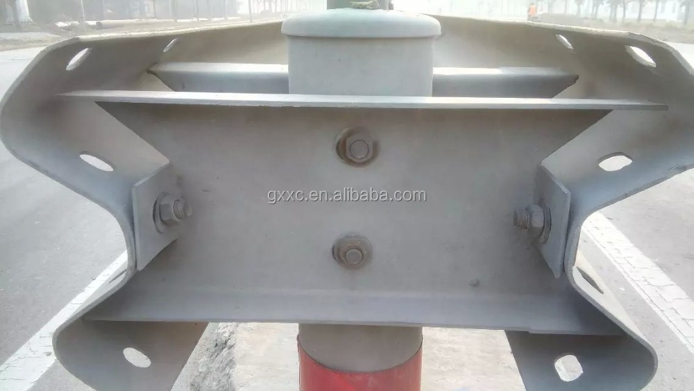 UAE guardrail safety crash traffic barriers manufacturer