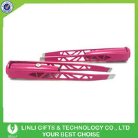 Ladies White LED Lighted Tweezer