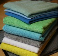 Microfiber kitchen towels and wash cloths