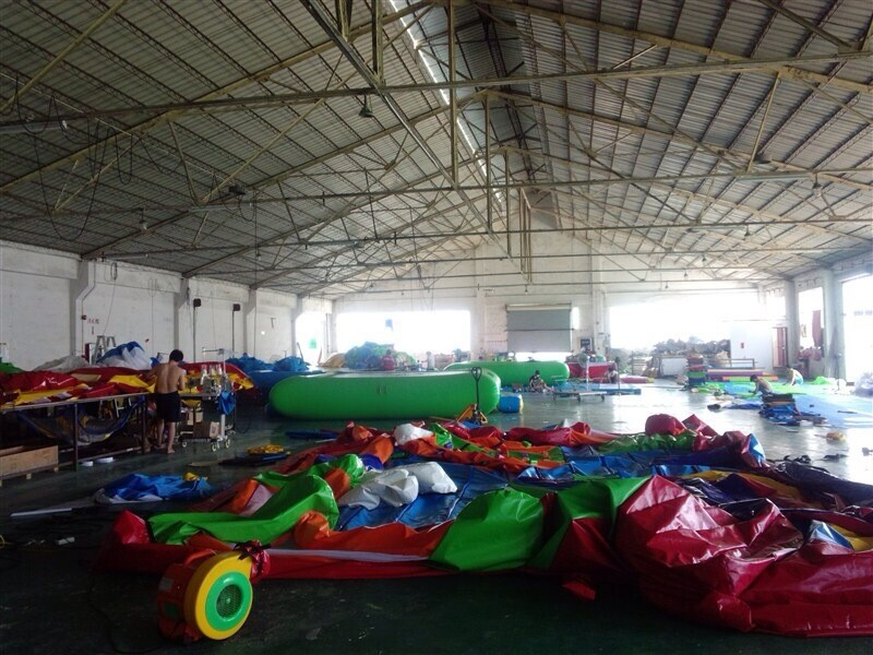inflatable obstacle bunker field