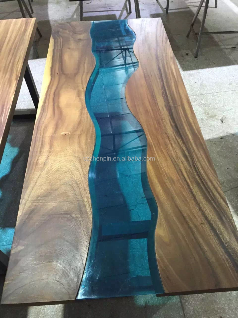 Prefinished Solid Slab Wood Table Top Live Edge Slab Table