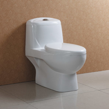 Soft Closing Seat Cover Durable One Piece Ceramic WC Toilet
