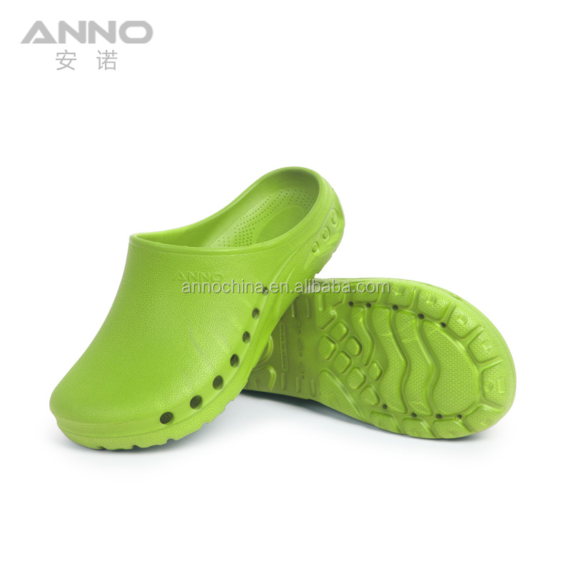 2019 light green eva rubber clean room safety medical clogs shoes